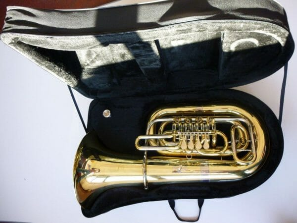 Tuba-fasch-FPT-100